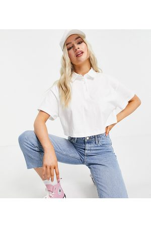 ASOS ASOS DESIGN Petite cropped boxy polo with short sleeve in white