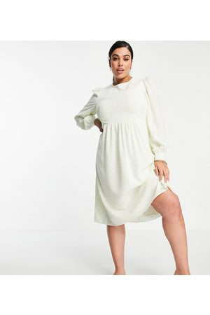 Fashion Union Midi smock dress with balloon sleeves in lime floral-Green