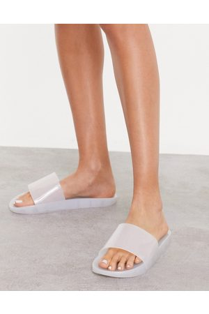 South Beach Jelly slides in white