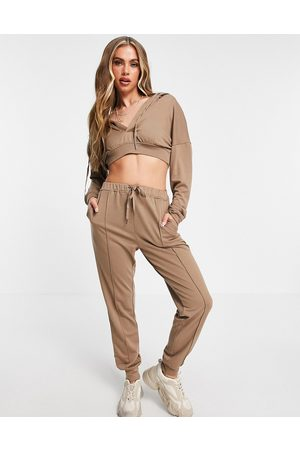 Skylar Rose Lounge tracksuit in taupe-Neutral