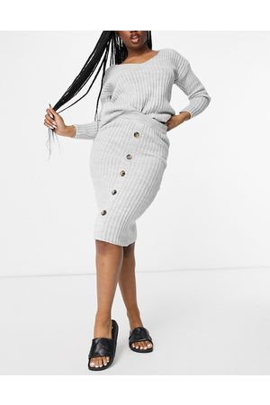 I saw it first Knitted top and button midi skirt co ord in grey