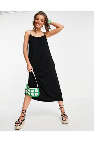 ASOS Damen Midikleider - Gathered neck strappy midi sundress with pockets in black