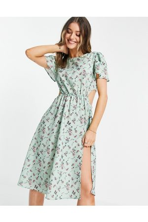 In The Style X Olivia Bowen cut out side midi dress with thigh split in sage floral print-Multi