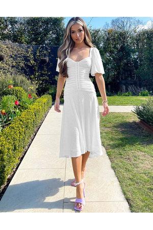 ASOS Damen Freizeitkleider - Puff sleeve ruched broderie midi skater dress in white