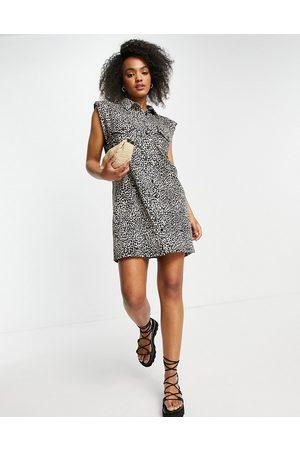 ASOS Damen Freizeitkleider - Mini shirt dress with pockets in leopard print-Neutral