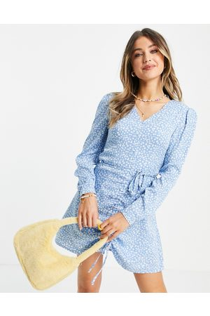 Daisy Street Long sleeve mini dress with ruched front in floral ditsy print-Blue