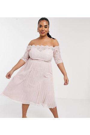Chi Chi London Rhiann dress in blush-Pink
