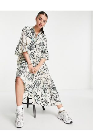 & OTHER STORIES Floaty shirt midi dress in floral-Green