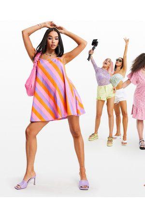 ASOS Damen Freizeitkleider - Tie shoulder halter jersey beach mini dress in bold stripe-Multi