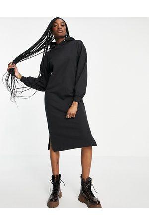 Violet Romance Maternity Midaxi hoodie dress in black