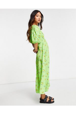 Neon Rose Midi tea dress with puff sleeves and split front in bright floral-Green