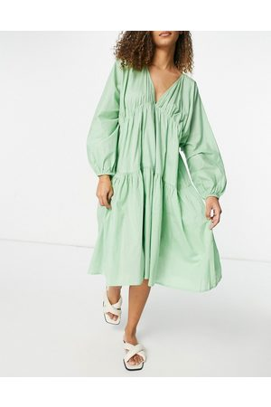 Zulu & Zephyr Balloon sleeve tiered beach dress in mint green