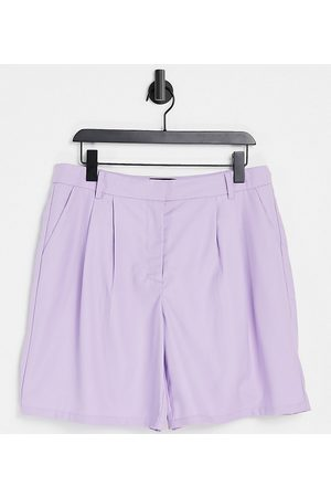 Pieces Plus Pieces Curve tailored city shorts co-ord in lilac-Purple