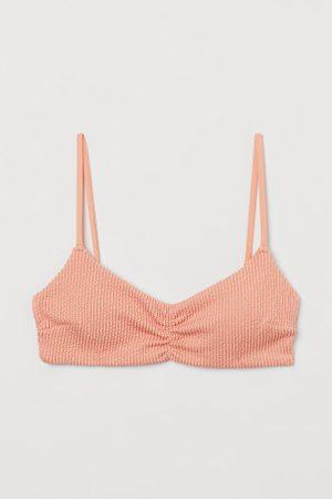 H&M Wattiertes Bikinitop
