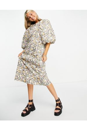 Object Exaggerated sleeve midi dress in floral print-Neutral