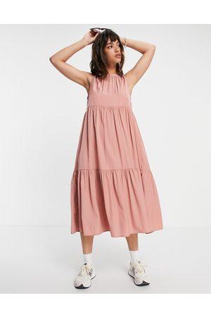 VILA Tiered midi dress in pink-Multi