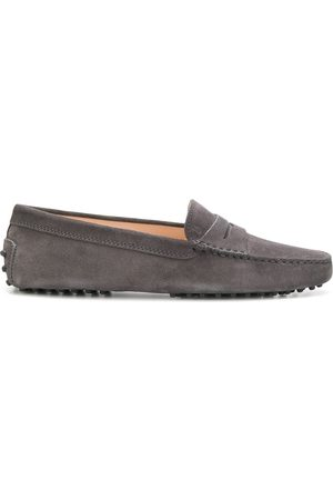 Tod's Slip-on loafers