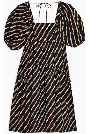 Topshop Floral print cotton poplin back-detail smock dress in black
