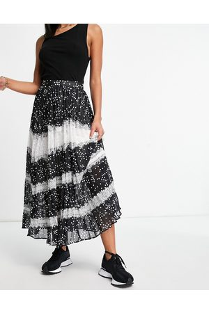 ASOS Pleated midi skirt with lace detail in mono spot-Multi