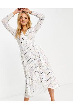 Never Fully Dressed Damen Midikleider - Tie wrap midi dress in white metallic rainbow spot