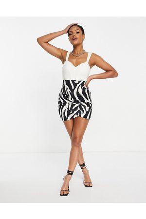 ASOS Damen Trägerlose & variable BHs - Corset ruched mini dress in zebra mix print-Multi