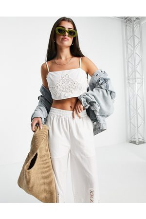 River Island Damen Bustiers - Embroidered lace co-ord bralet in white