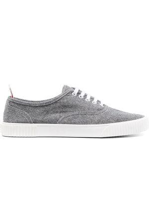 Thom Browne Herren Sneakers - Low-top flat sneakers