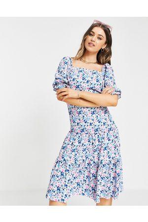 Miss Selfridge Tie back midi in cluster floral-Multi