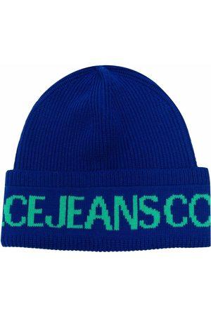 VERSACE Damen Hüte - Logo-print ribbed-knit beanie