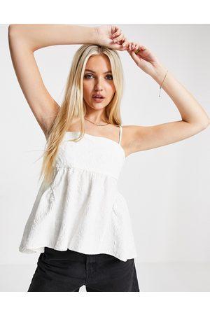 Urban Revivo Jacquard cami top in white