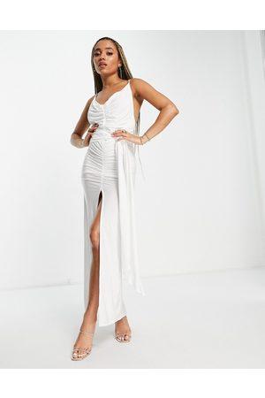 ASOS Damen Lange Kleider - Satin sarong plunge wrap strappy back maxi dress in ivory-Multi