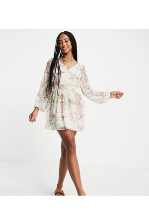 Reclaimed Damen Bedruckte Kleider - Inspired mini dress with ruffle detail in spliced floral print-Yellow