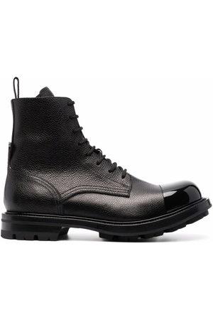 Alexander McQueen Herren Outdoorschuhe - Wander lace-up leather boots
