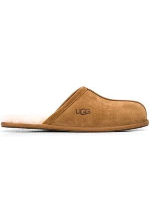 UGG Scuff sheepskin slippers