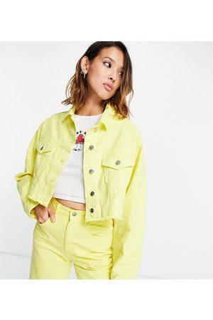 Reclaimed Damen Jeansjacken - Inspired crop denim jacket in yellow