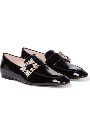 Roger Vivier Verzierte Loafers Mini Broche aus Lackleder