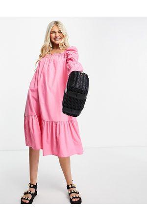 QED London Cotton poplin midi dress in bright pink
