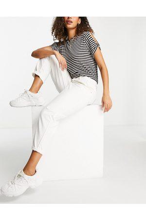 Urban Bliss Loose fit jean in ecru-White