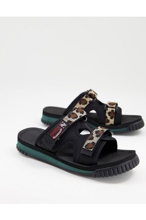 Shaka Chill out sliders in leopard-Multi