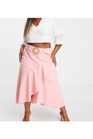 Forever New Tiered midaxi skirt co-ord in sun blush-Pink