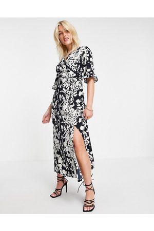 Girl in Mind Split leg midi dress in print-Multi