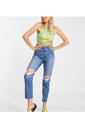 Parisian Tall Ripped mom jeans in mid blue