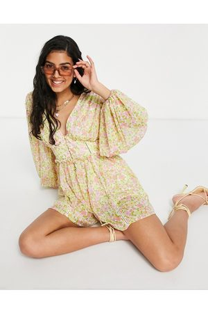 ASOS Damen Jumpsuits - Button front long sleeve playsuit in 70s floral-Multi