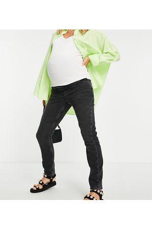 New Look Clean mom jean in black