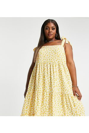 New Look New Look Curve tie shoulder tiered mini dress in yellow floral