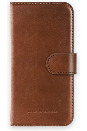 Ideal of sweden Magnet Wallet+ Galaxy S10 Brown