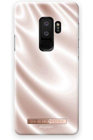Ideal of sweden Fashion Case T.Lindgren Galaxy S9 Plus Silky
