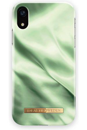 Ideal of sweden Fashion Case iPhone XR Pistachio Satin