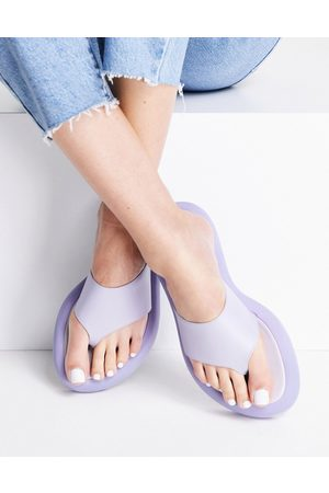 Topshop Play padded chunky toe post in turquoise-Blue