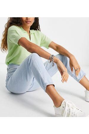 Dr Denim Damen Baggy & Boyfriend - Nora high rise mom jeans with ripped knees in bleach wash blue